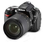 Продам зеркальный фотоаппарат NIKON D90 kit 18-105 VR