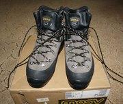 Ботинки для альпинизма,  походов asolo granite