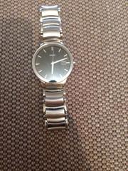Продаю часы Rado Centrix
