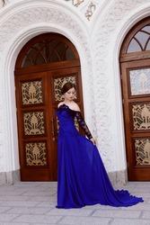Где можно продать выпускное платье