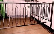Металлические решетки,  оградки,  ступени
