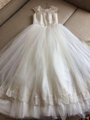 Свадебное платье 2017 года